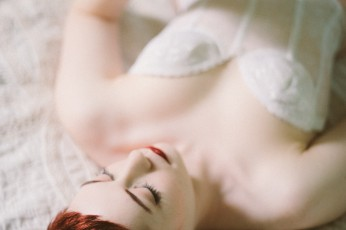 Fine Art Boudoir Photography in Portland, OR with Jade Sheldon-Burnsed by Briana Morrison